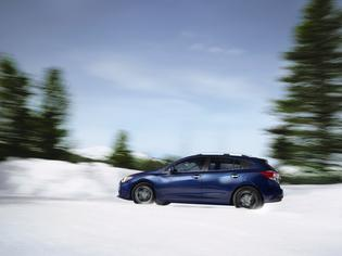 2018 Subaru ImprezaLimited-5dr-blue-snow