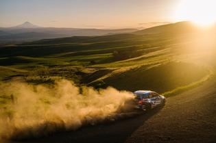 David Higgins and Craig Drew power through a long sweeper at Oregon Trail Rally on the way to a season-opening victory