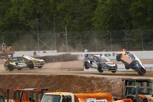 Atkinson takes contact over the jump at GRC Memphis.