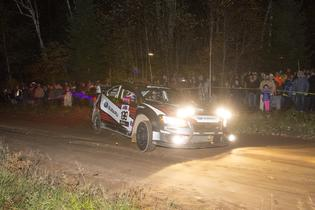 Pastrana tackling the challenging night stages of LSPR 2016