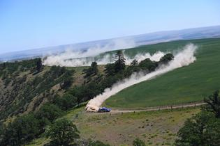 David Higgins kicks up dust on the fast, sweeping stages of Oregon Trail Rally.