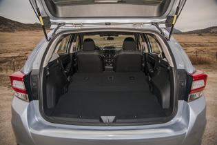 2017 Subaru Impreza 5-door Prem- Cargo