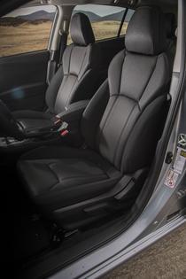 2017 Subaru Impreza Prem -seats