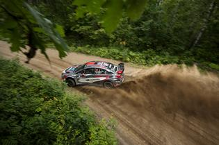 Travis Pastrana and Robbie Durant drive on the limit on their way to victory at the Ojibwe Forests Rally