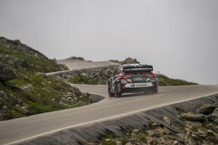 Travis Pastrana drives to a new record time at the Mt. Washington Hillclimb. Photo Credit: Ben Haulenbeek / Subaru Rally Team USA